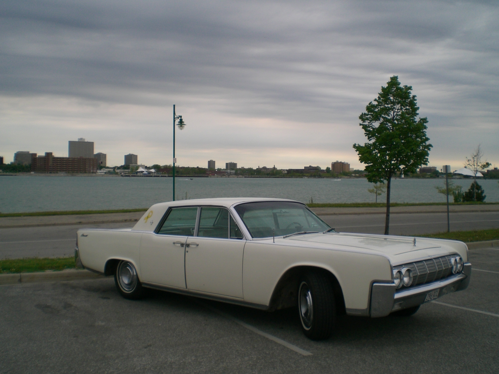 1964 lincoln continental pictures cargurus. Black Bedroom Furniture Sets. Home Design Ideas