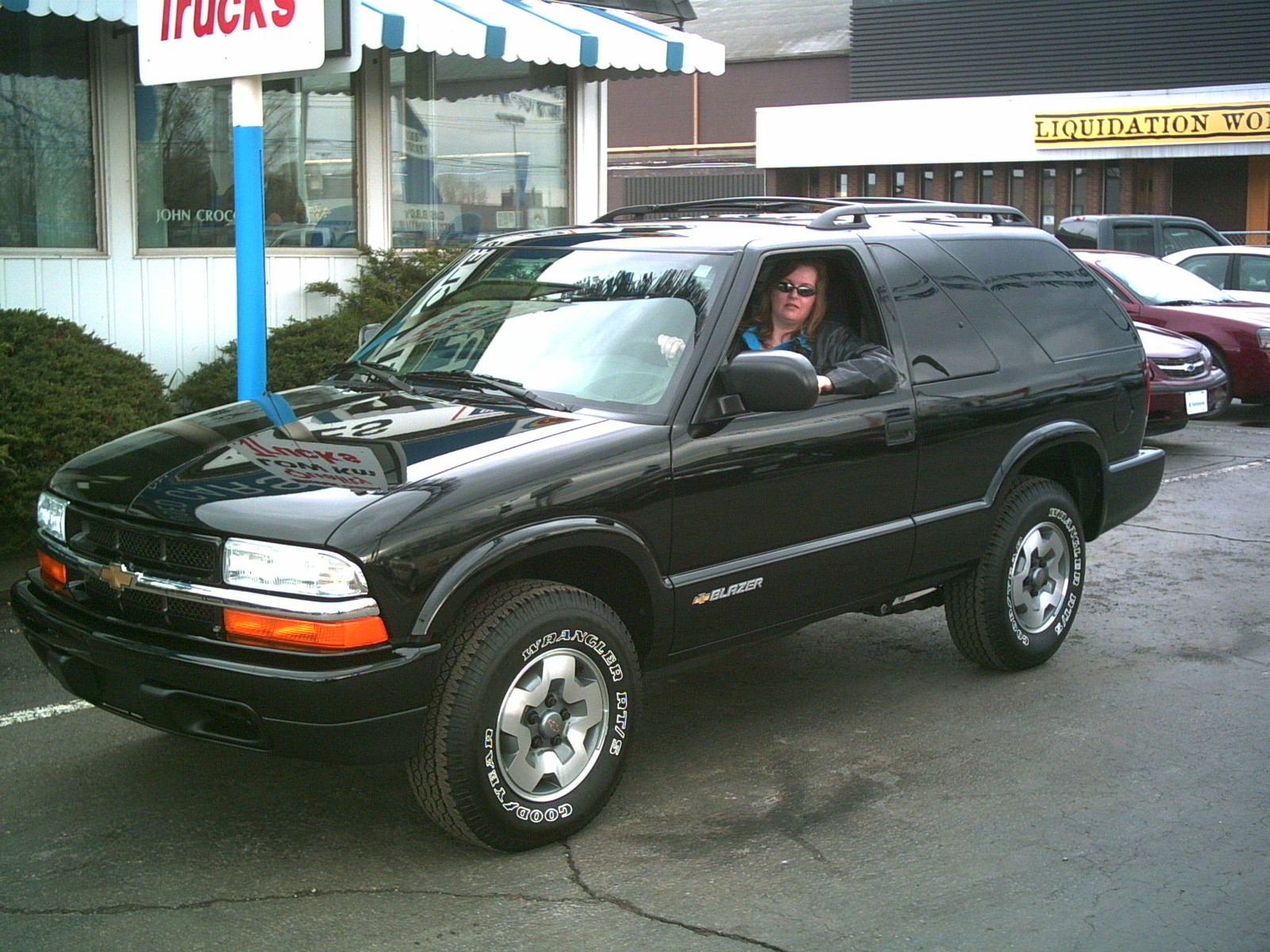 2005 chevrolet blazer - pictures