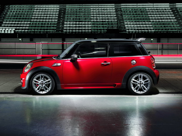 Are Mini Coopers Safe >> 2009 MINI Cooper - Overview - CarGurus