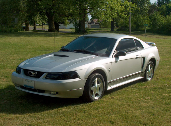 2001 Ford Mustang. 2001 Ford Mustang Base picture
