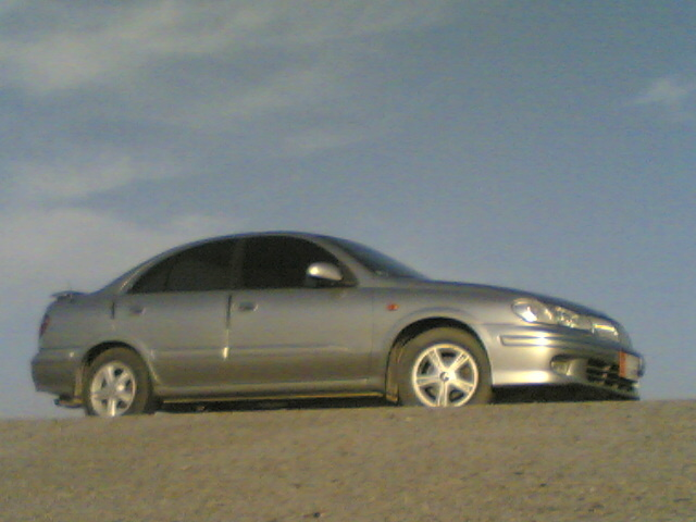 Picture of 2003 Nissan Sunny