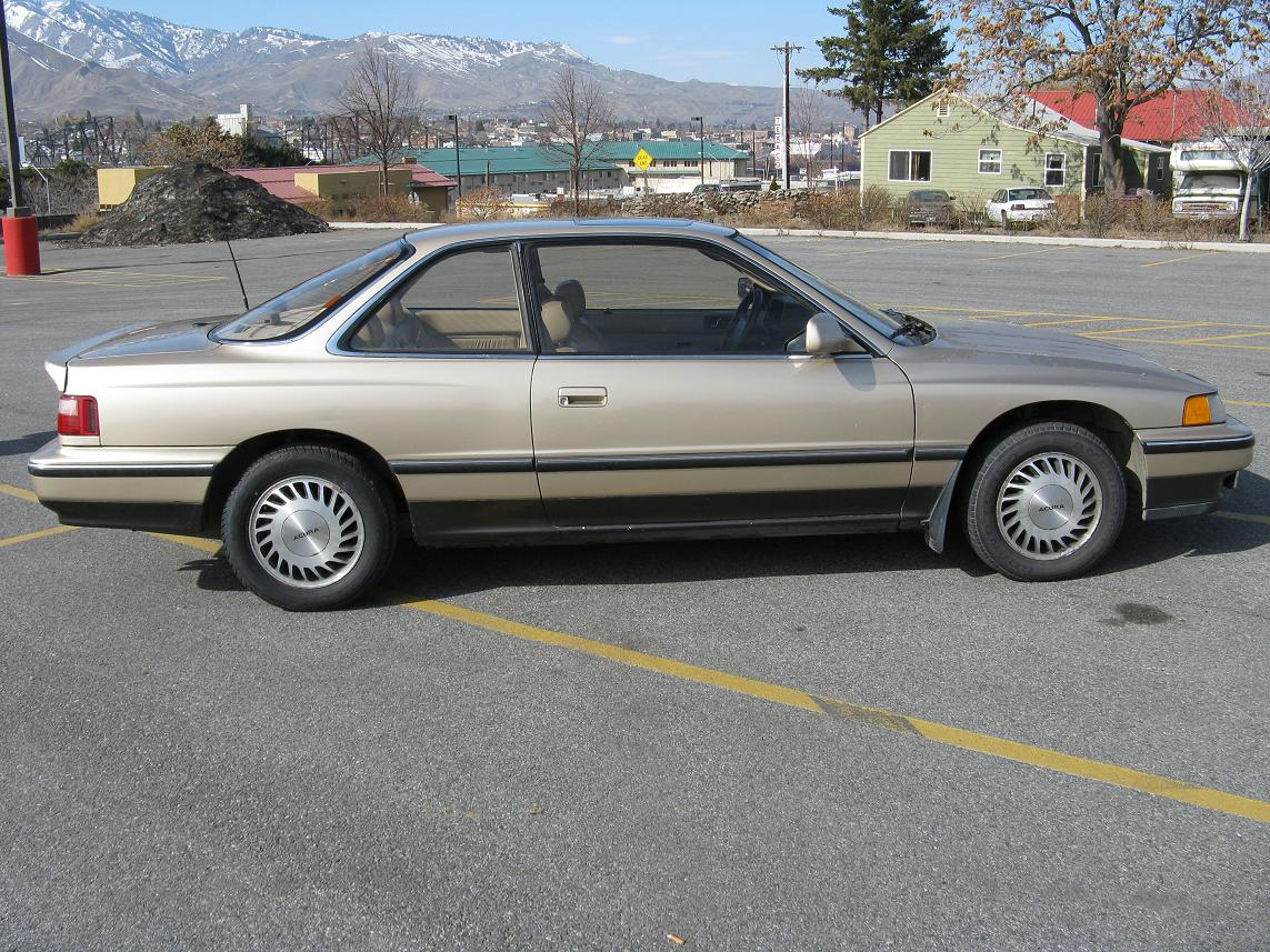 1990 Acura Legend Coupe - Car and Driver