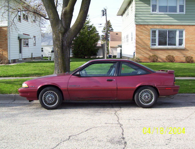 Picture of 1992 Pontiac Sunbird