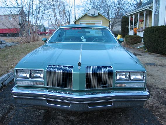 1977 Oldsmobile Cutlass Supreme picture