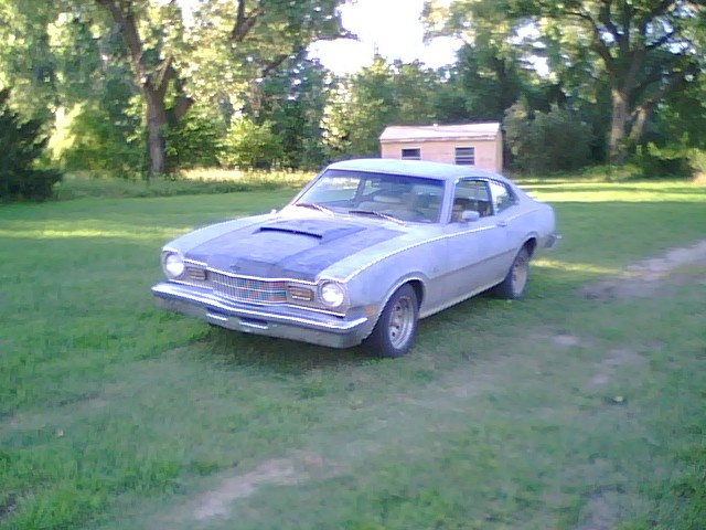 Picture of 1976 Mercury Comet
