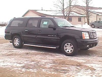 2004 Cadillac Escalade ESV Overview