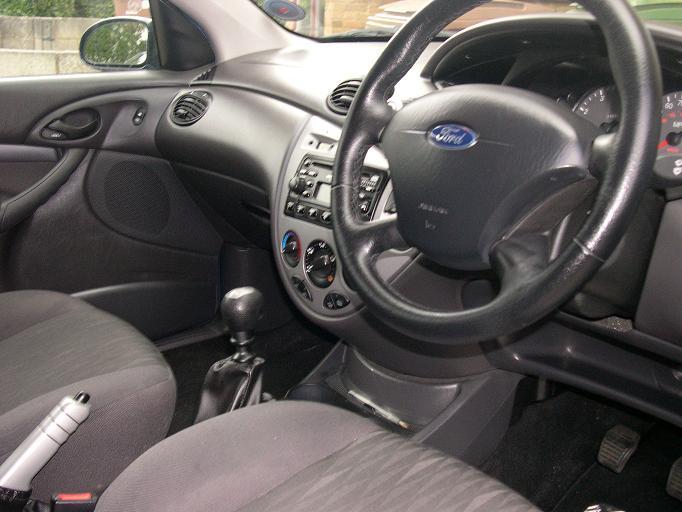 2004 Ford Focus Pictures Cargurus