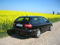 Picture of 2003 Volvo V40, exterior, gallery_worthy