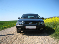 Picture of 2003 Volvo V40, exterior