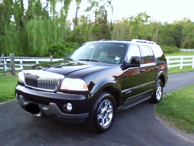 2005 Lincoln Aviator 4 Dr STD AWD SUV picture