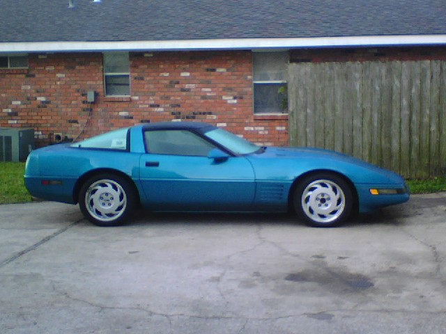1992 Chevrolet Corvette Base, 1992 Chevrolet Corvette 2 Dr STD Hatchback picture, exterior