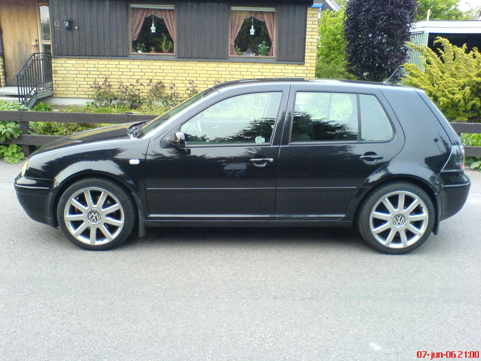 2004 Volkswagen GTI Pictures C5865 together with HD Volkswagen Modele Polo Blue GT 2013 Vue Interieur Img Volkswagen Polo Blue GT 2013 502 together with Audi 80 History Volkswagen Passat B4 besides Watch additionally Showthread. on 1985 vw gti