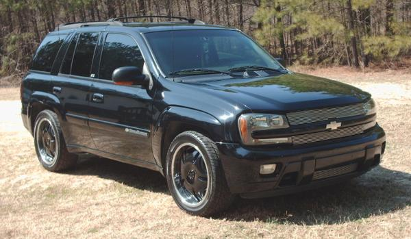 2002 Chevrolet TrailBlazer LTZ 4WD picture