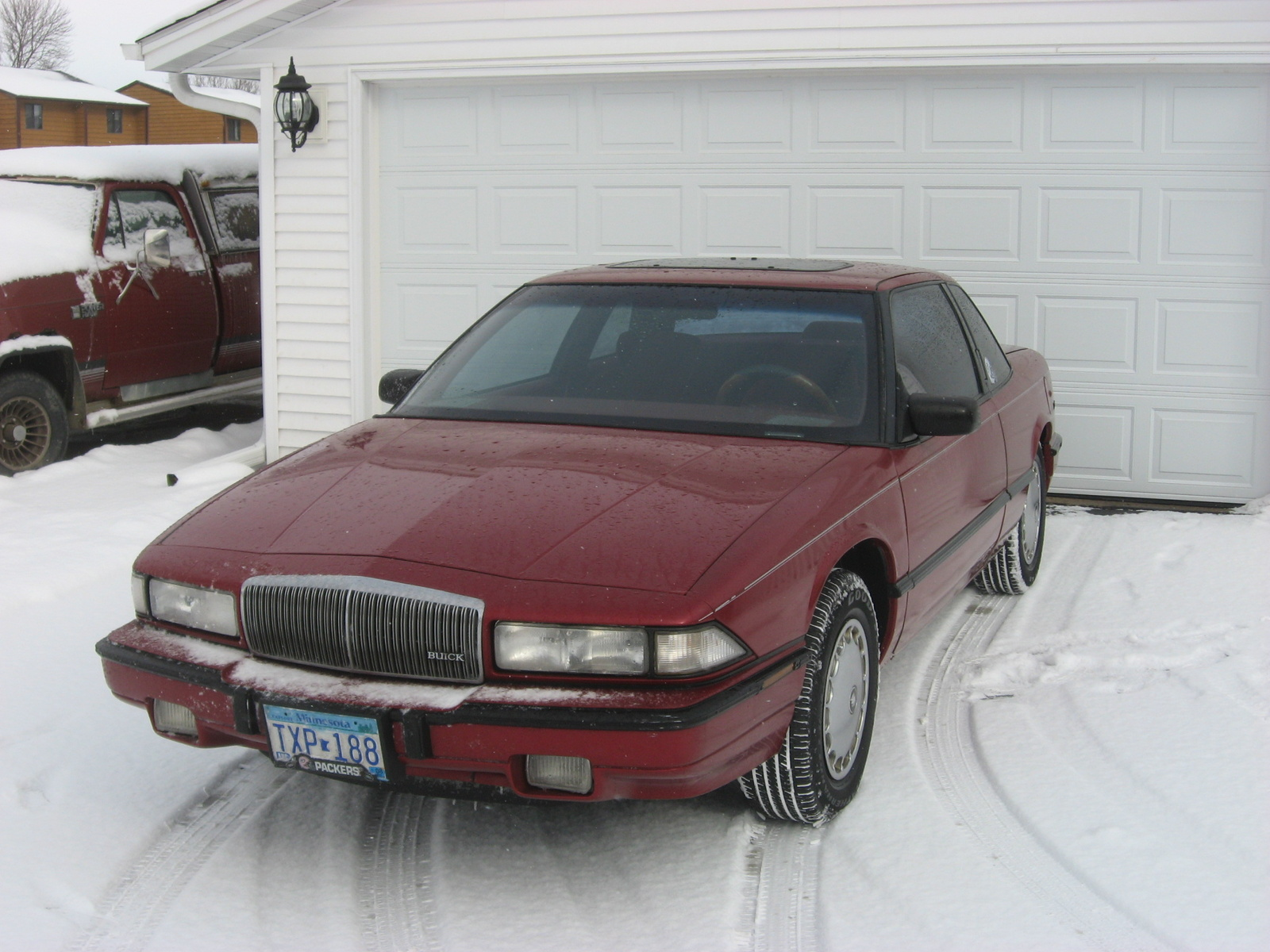 1994 Buick Regal 2 Dr Custom Coupe picture