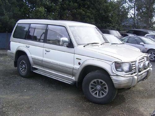 Picture of 1995 Mitsubishi Pajero, exterior