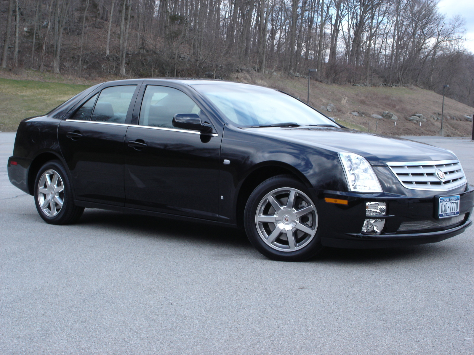 2007 cadillac sts overview cargurus. Black Bedroom Furniture Sets. Home Design Ideas