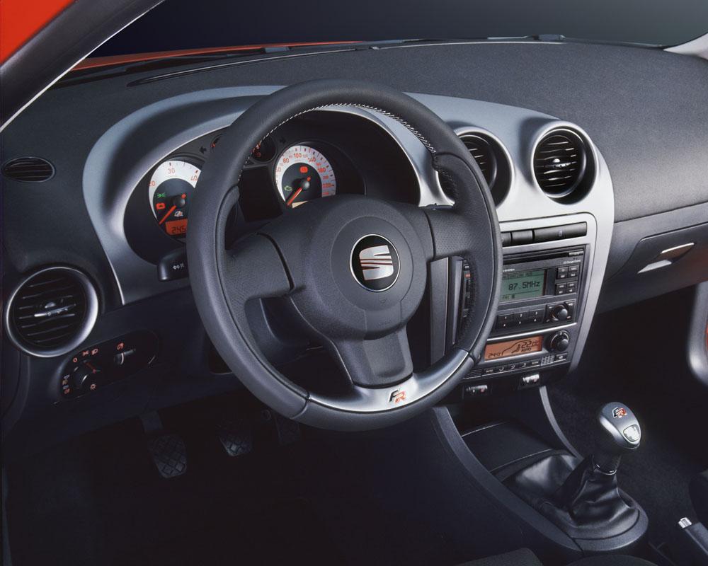 2007 seat ibiza interior pictures cargurus for Interieur ibiza 2000