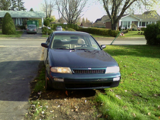 Picture of 1995 Nissan Altima GXE, exterior