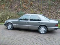 1991 Mercedes-Benz 300-Class Overview