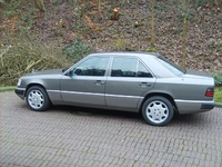 1991 Mercedes-Benz 300-Class Picture Gallery