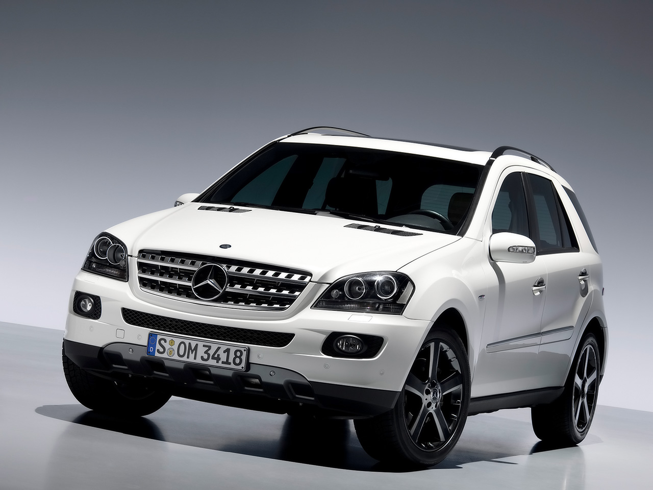 2008 Mercedes-Benz M-Class ML550 picture