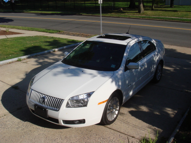 Picture of 2007 Mercury Milan