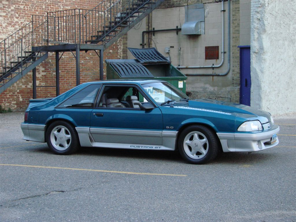 1993 Ford Mustang 2 Dr GT Hatchback picture
