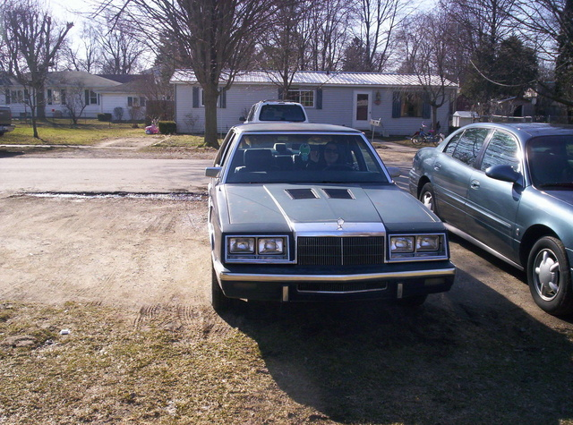Picture of 1986 Chrysler New Yorker