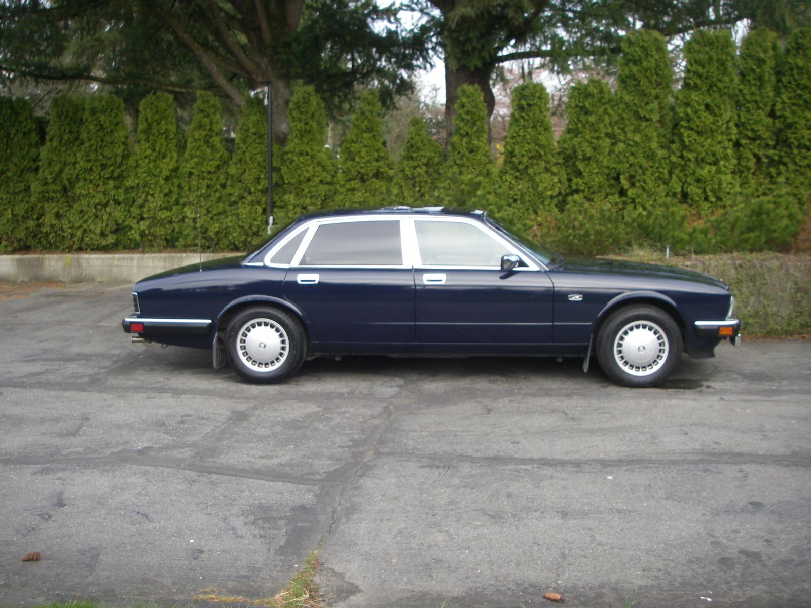 1992 Jaguar XJ-SC V12 Convertible related infomation ...