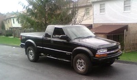 2002 Chevrolet S-10 Picture Gallery