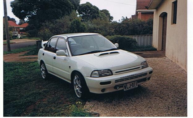 Picture of 1994 Daihatsu Charade