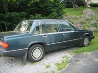 1990 Volvo 760 Overview