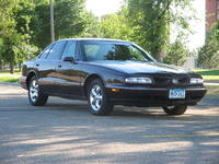 1996 Oldsmobile Eighty-Eight 4 Dr LS Sedan picture
