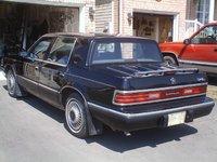 1993 Chrysler Dynasty Overview