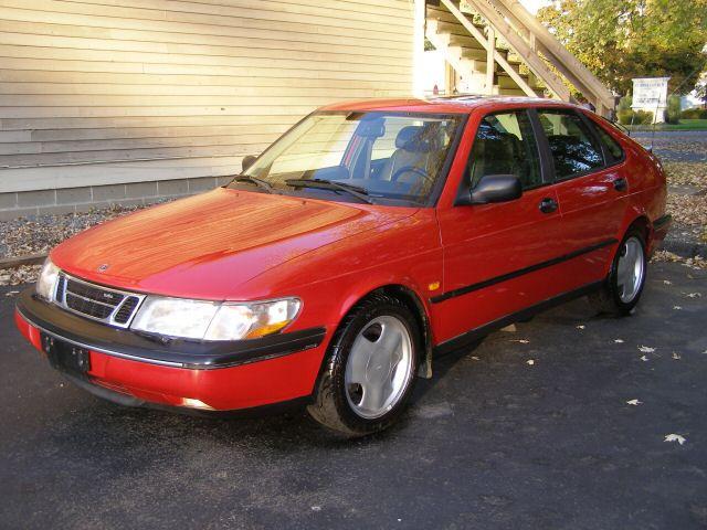 Saab 900 Se Turbo. 1996 Saab 900 4 Dr SE Turbo