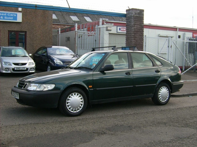 Picture of 1994 Saab 900 4 Dr S Hatchback, exterior