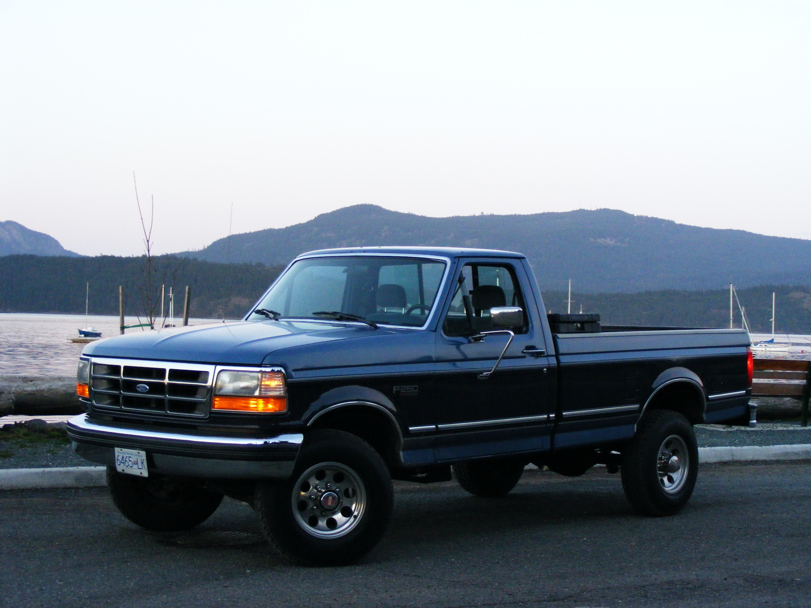 Picture of 1992 Ford F-250 2 Dr XLT Lariat 4WD Standard Cab LB, exterior