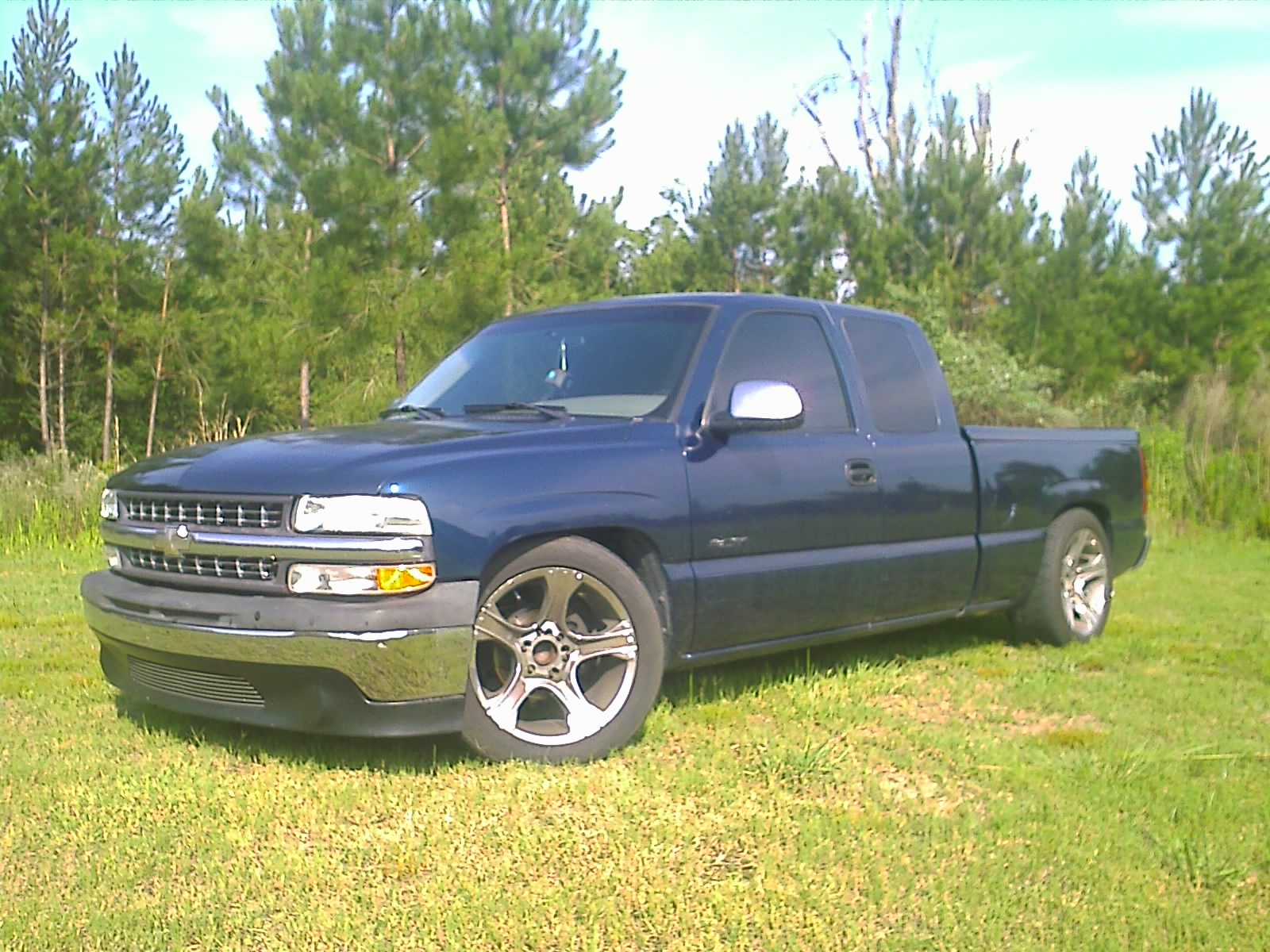 Chevrolet Silverado Ls Ext Cab Short Bed Wd Pic on 1999 Chevy Lumina Interior