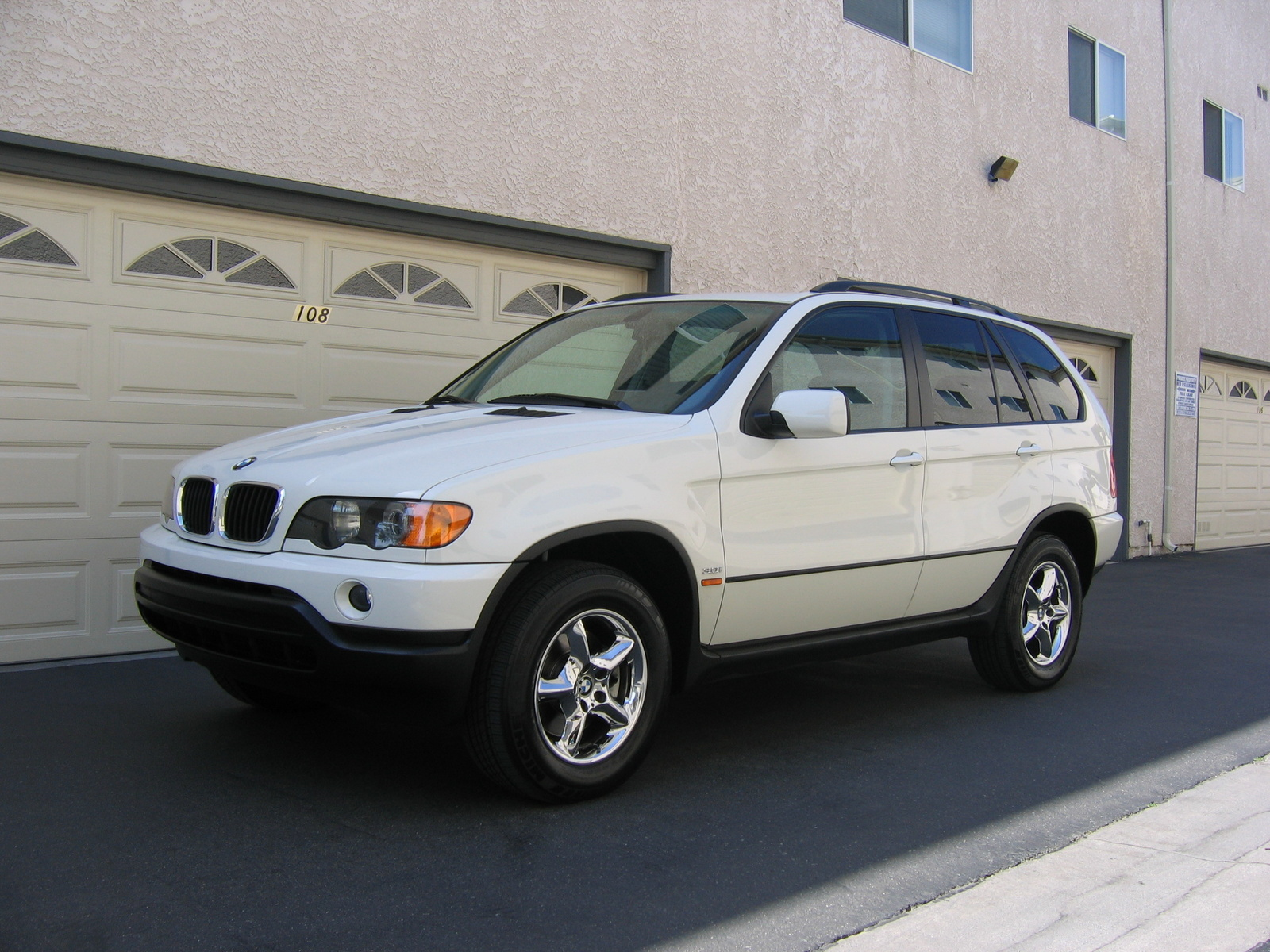 Picture of 2003 BMW X5 3.0i, exterior