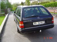 1993 Mercedes-Benz 280 Overview