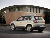 Picture of 2009 Volkswagen Tiguan, exterior, gallery_worthy