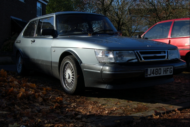 1992 Saab 900 2 Dr Turbo Hatchback picture, exterior