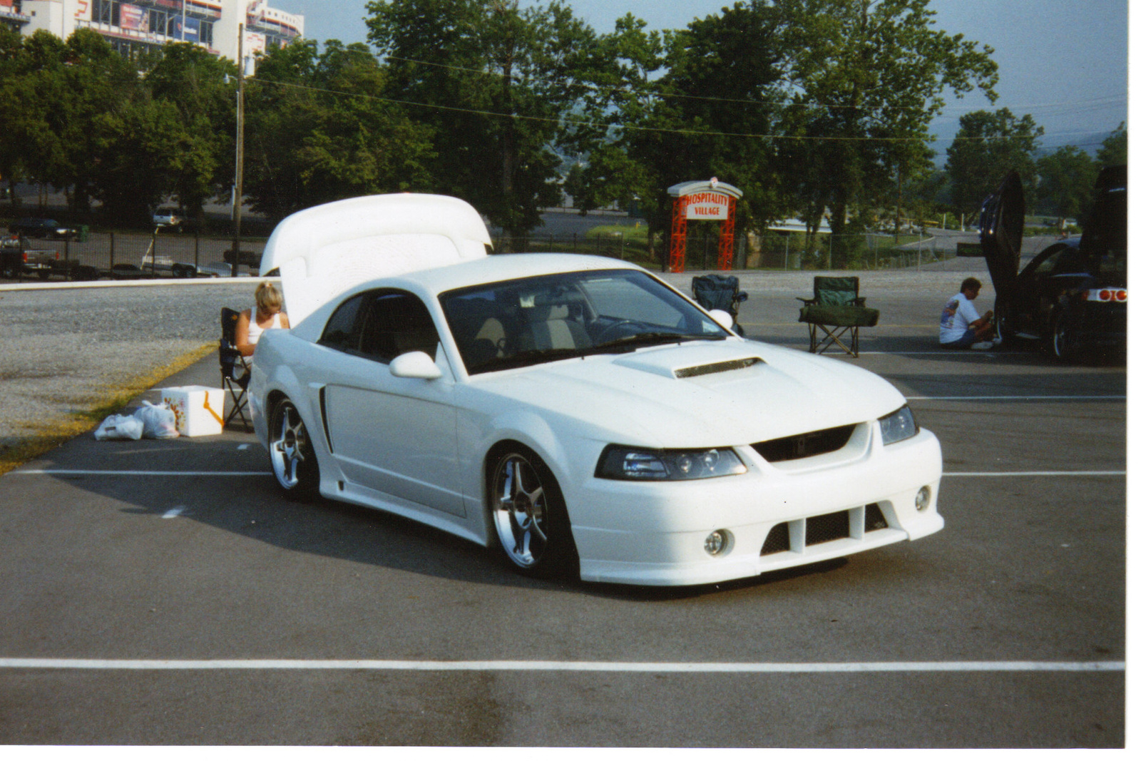 Picture of 2002 Ford Mustang Premium, exterior