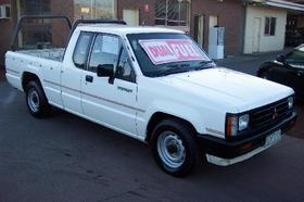 Picture of 1992 Mitsubishi Triton