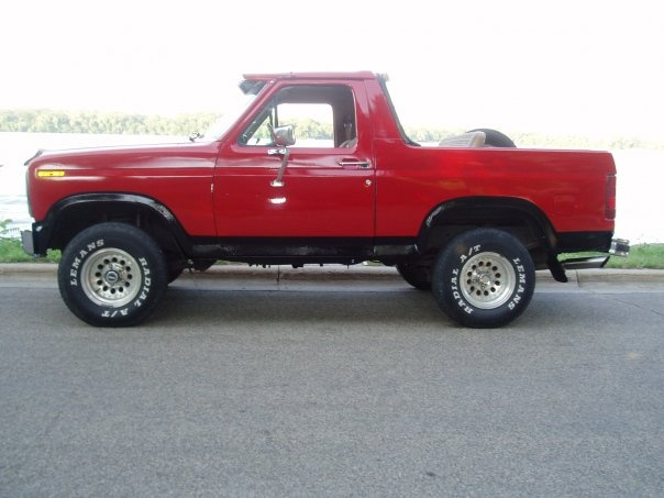 Picture of 1984 Ford Bronco, gallery_worthy