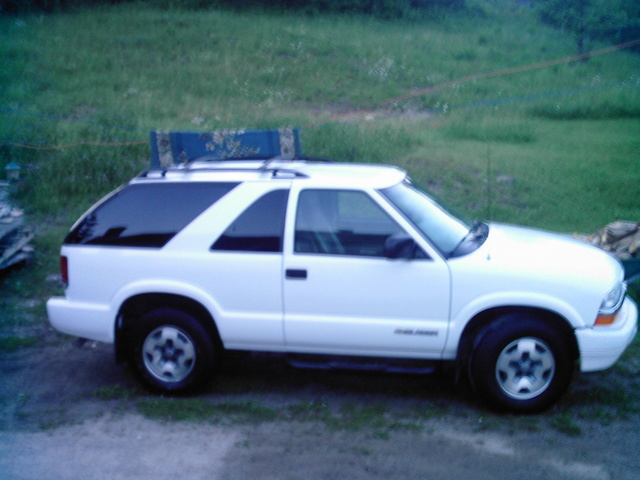 Picture of 2005 Chevrolet Blazer LS 2-Door 4WD, gallery_worthy