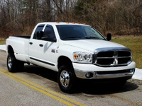 2003 Dodge Ram Pickup 3500 Overview
