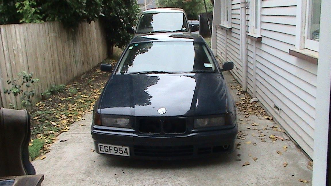 Bmw 3 Series 318i. 1993 BMW 3 Series 318i,