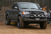 Picture of 2004 Toyota Tundra 4 Dr Limited V8 4WD Crew Cab SB, exterior