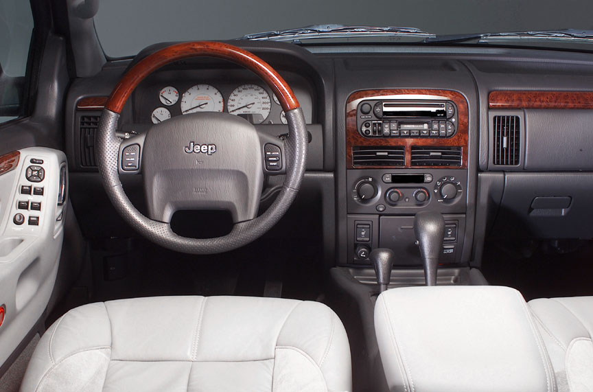 2004 Jeep Grand Cherokee Overland 4WD picture, interior